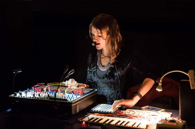 LIVE REVIEW: Kaitlyn Aurelia Smith @ Knockdown Center