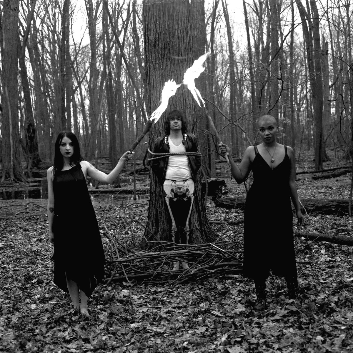 PLAYING DETROIT: Pretty Ghouls Go Ultra-Goth On New 7″s