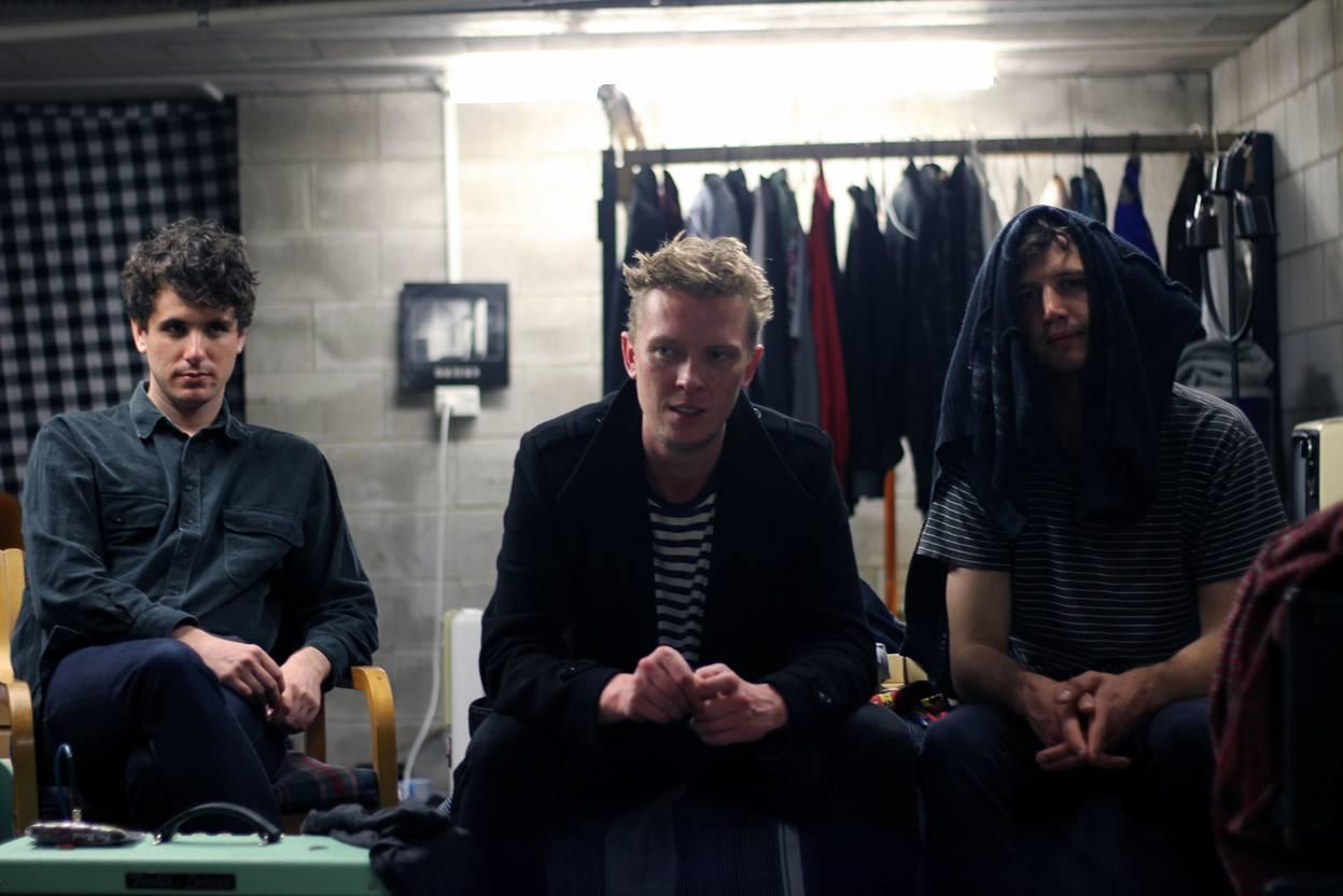 """ALBUM REVIEW: Popstrangers """"Fortuna"""""""