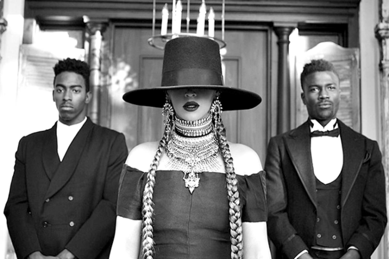 NEWS ROUNDUP: Beyonce, Lana Del Rey, & Daytrotter Festival