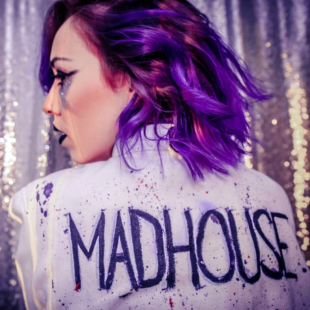 """INTERVIEW/EP REVIEW: Luna Aura """"Madhouse"""""""