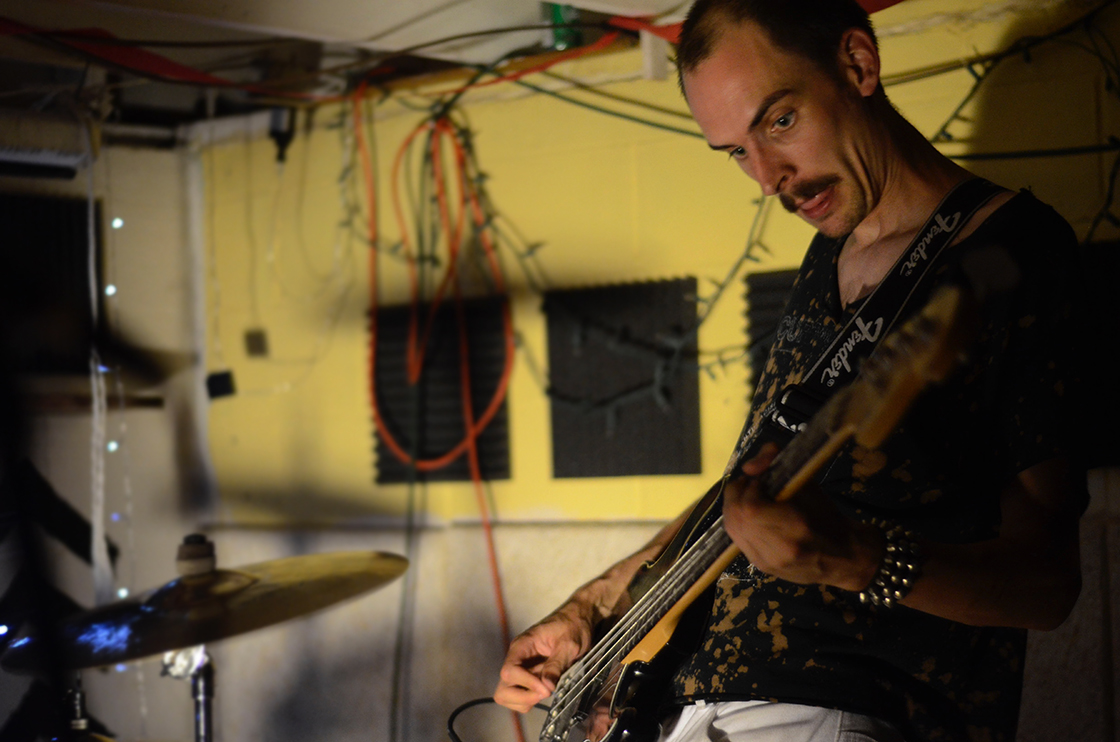 PLAYING COLUMBUS: Alien Boy, Perfume V & Lose the Tude at Organon Arcade