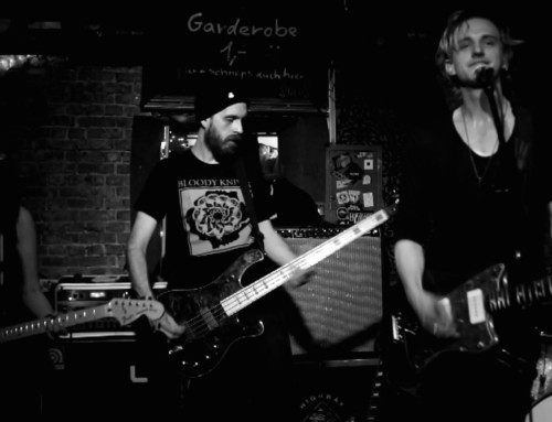 LIVE REVIEW: Dead Leaf Echo @ Knitting Factory