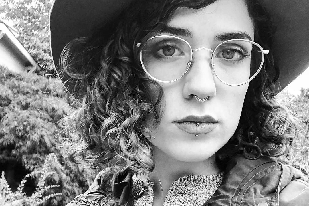 """PLAYING SEATTLE: Katie Kuffel Premieres Video for Recovery Anthem """"Jelly Donut"""""""